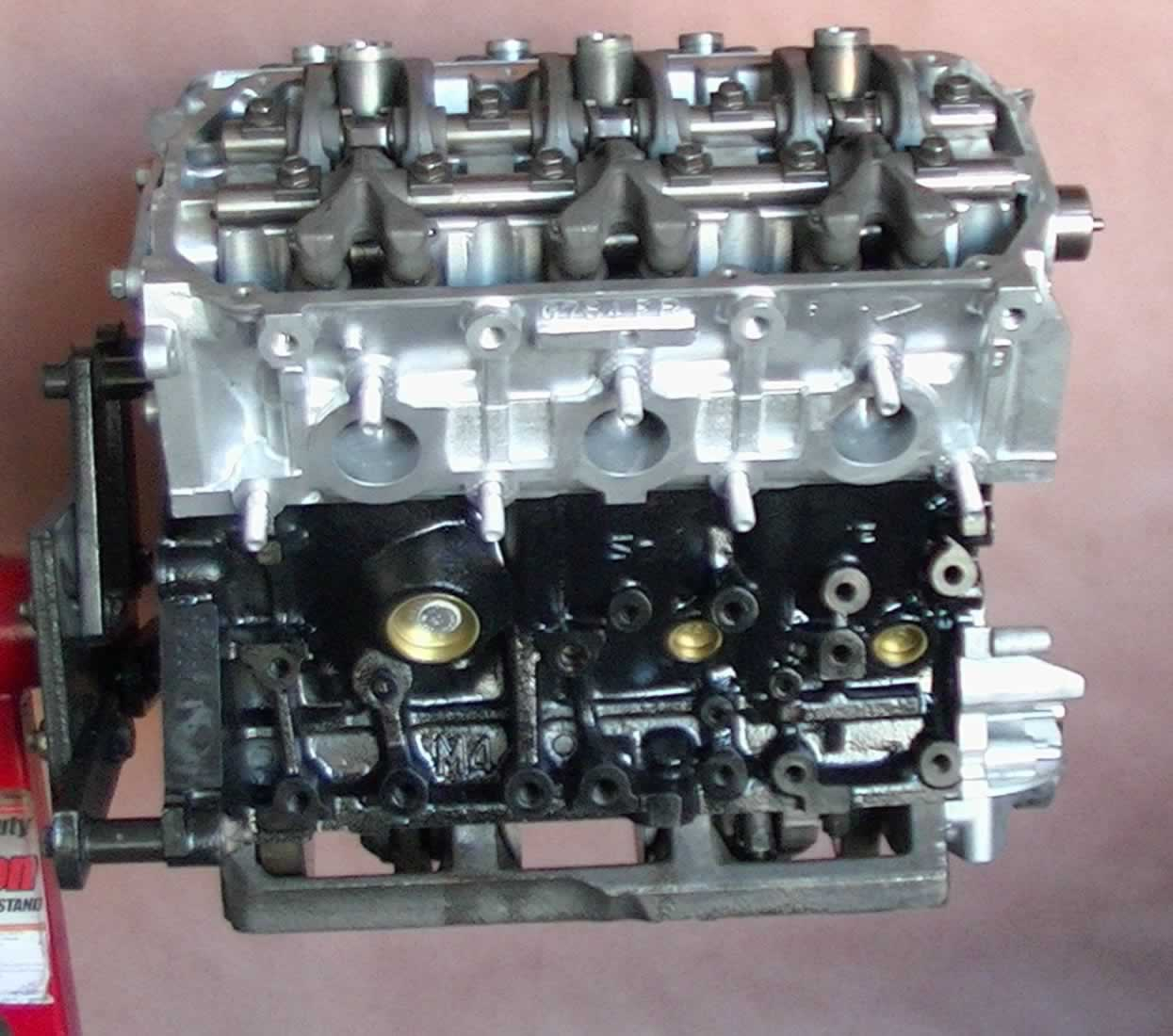 Pic on 2002 Mitsubishi Montero Sport Engine
